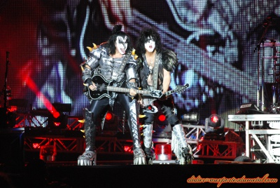 Compte rendu Hellfest 2013  - Page 9 Kiss2013-2